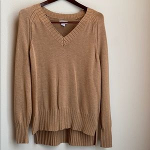 Beautiful Old Navy high low sweater